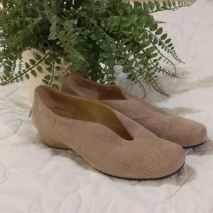 Vanelli suede shoes